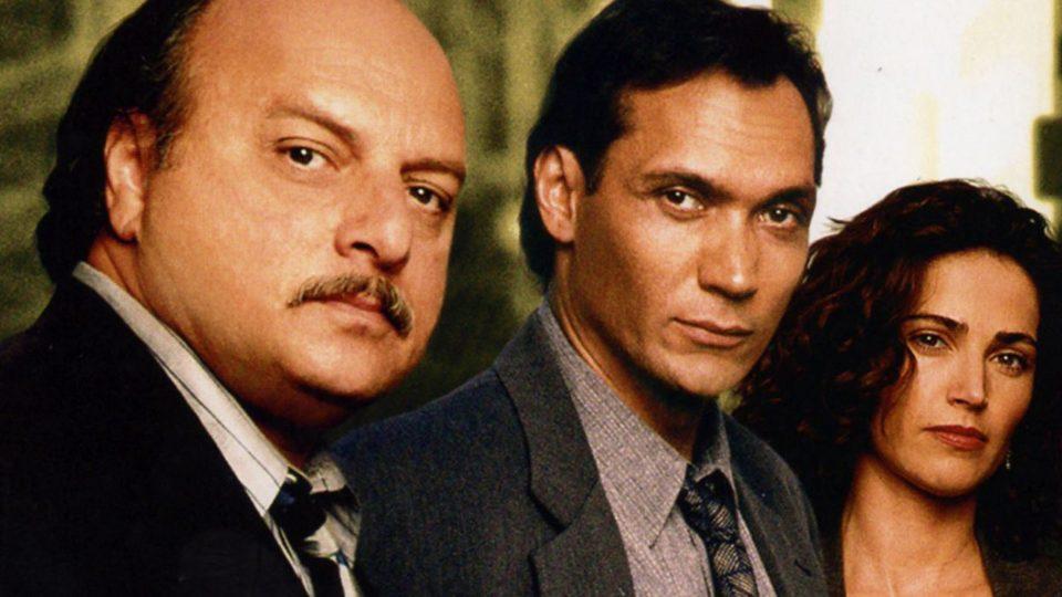 NYPD Blue – série créée par Steven Bochco et David Milch