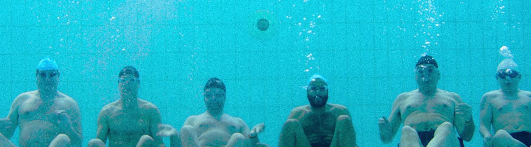 film Regarde les homme nager
